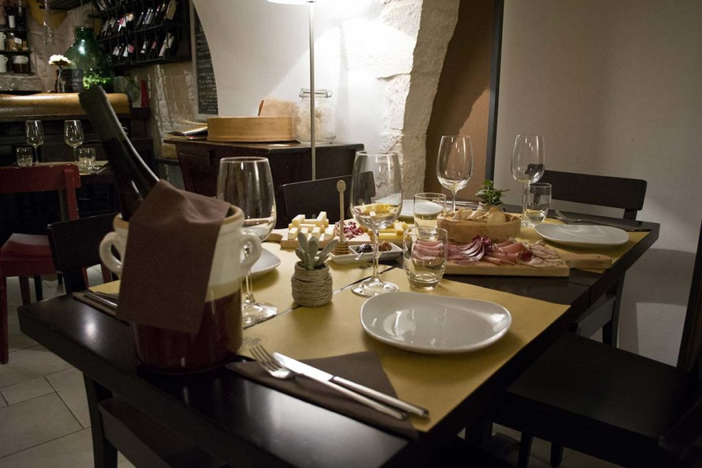 Wine and typical products of Puglia