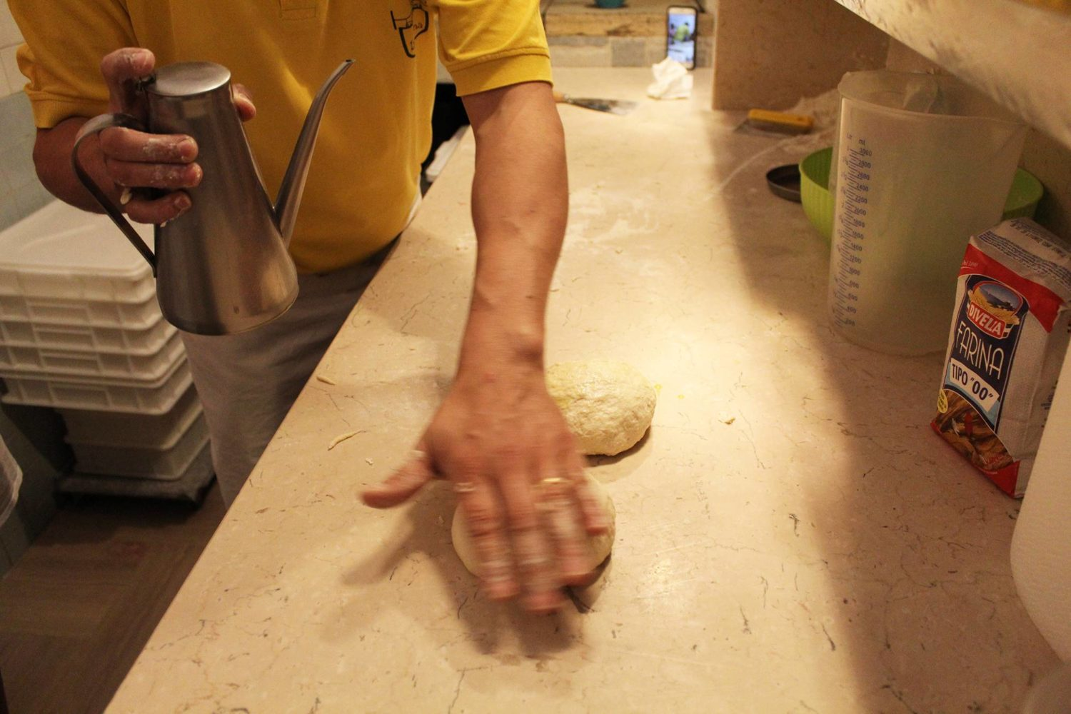 Pizza cooking class in Puglia