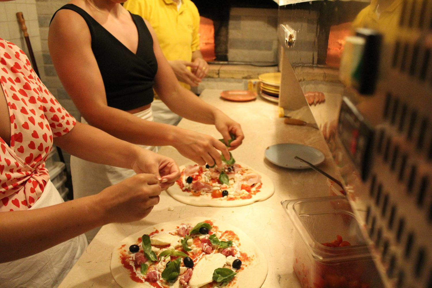 Pizza cooking lesson in Puglia