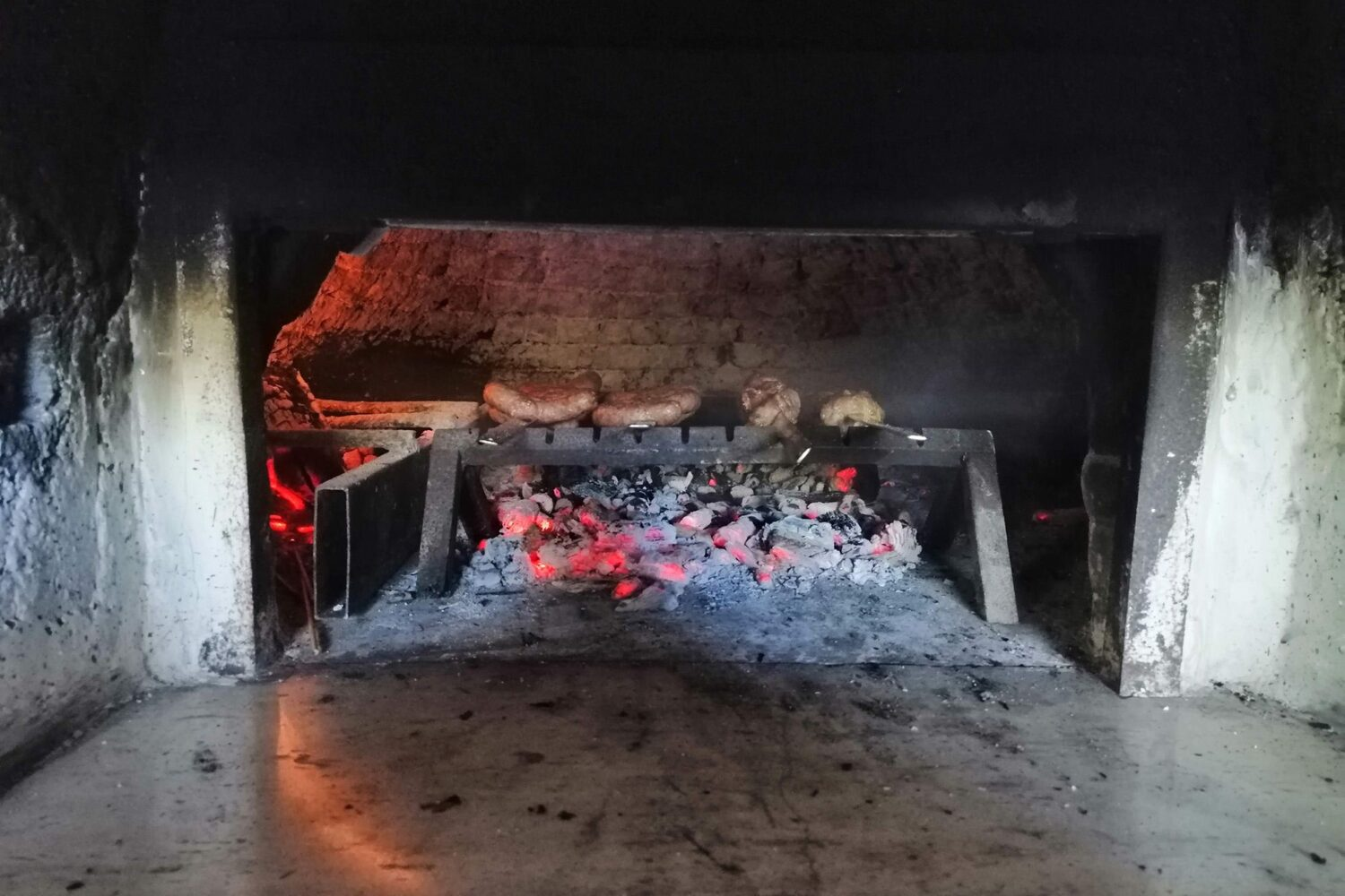 Traditional Apulian meat barbecue