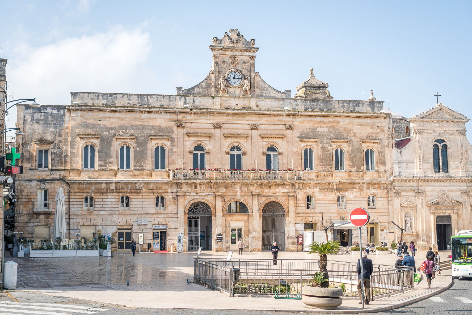 Guided sightseeing Ostuni
