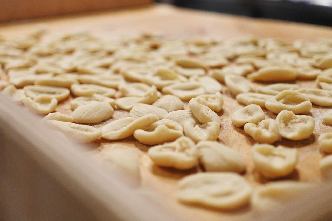 Orecchiette pasta fresca tipica pugliese
