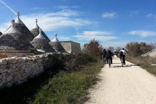 Trulli ciclovia dell'Acquedotto Pugliese Puglia