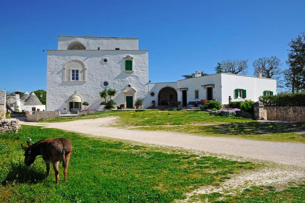 Le piu' belle masserie della Puglia immerse nella natura masseria Aprile