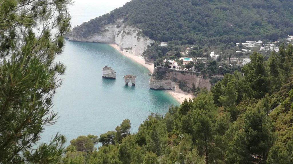Faraglioni Spiaggia Baia delle Zagare Gargano Puglia