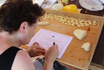 Homemade Apulian pasta cooking class with Grandmother