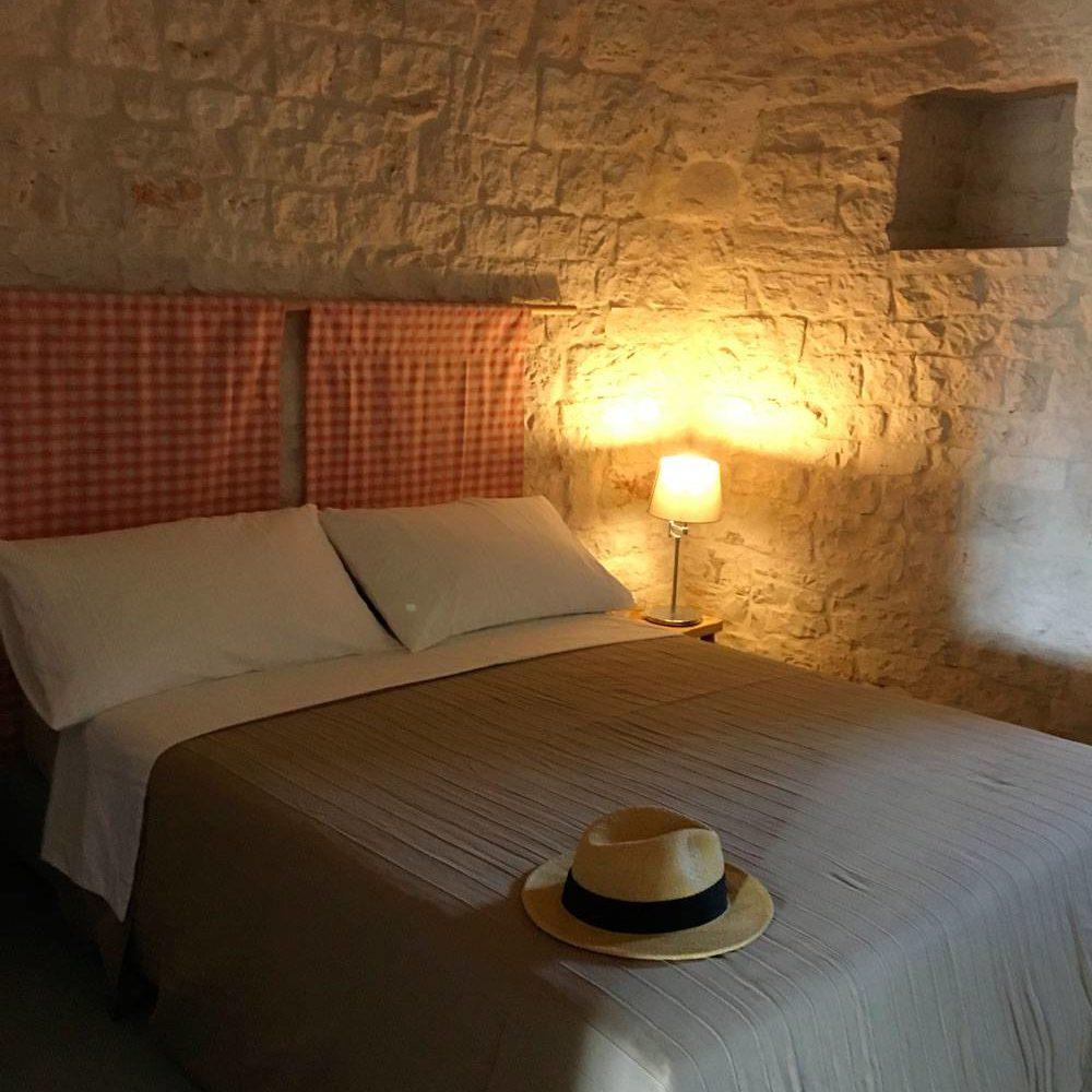 Stanza da letto Trullo rosato Masseria Croce Piccola Martina Franca Puglia