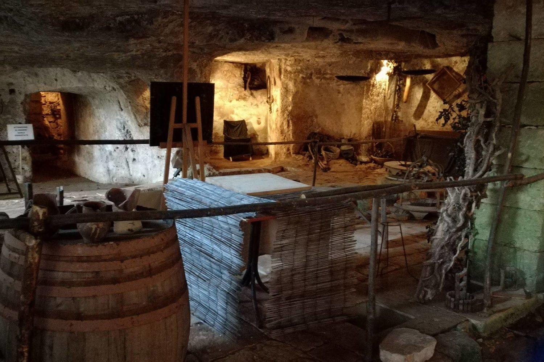 Masseria Puglia con frantoio ipogeo