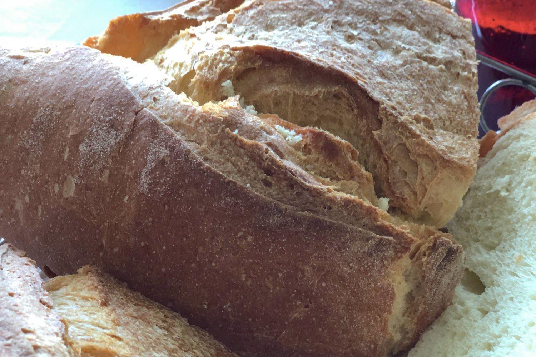 Come fare il pane in casa facilmente corso di cucina in puglia - Come fare il corallo in cucina ...