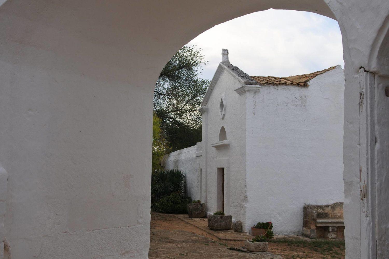 Masseria Brancati Ostuni antica chiesa