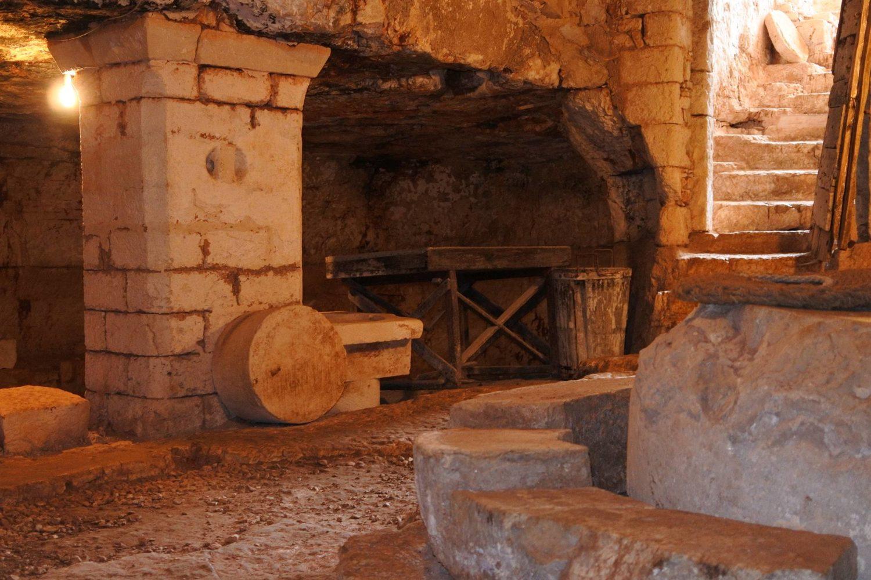 Masseria Brancati Ostuni antica macina