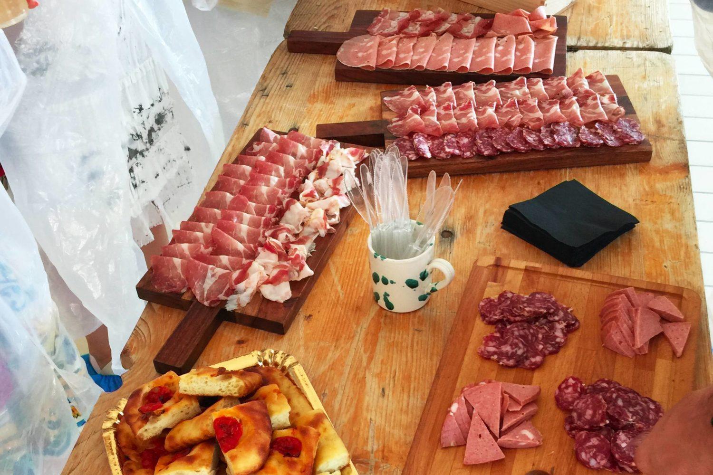 Degustazione di salumi in Puglia
