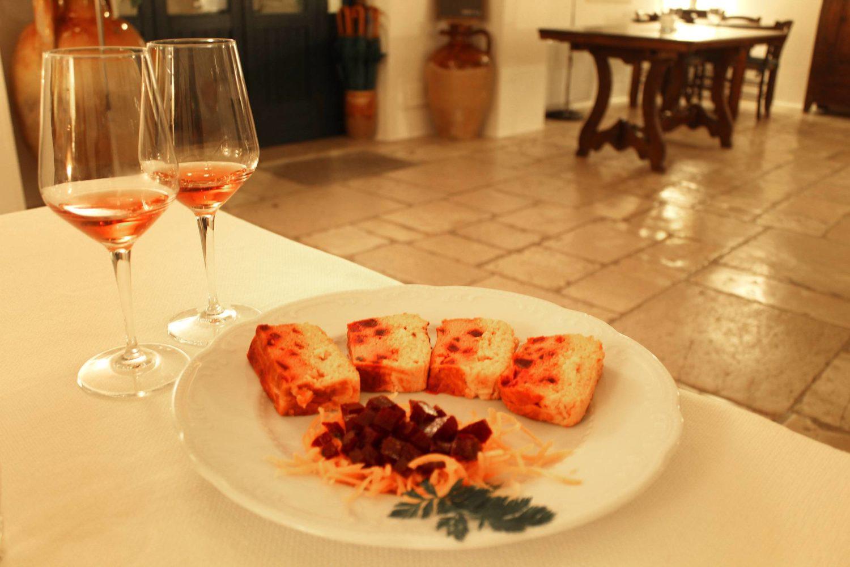 Traditional culinary tasting in Puglia