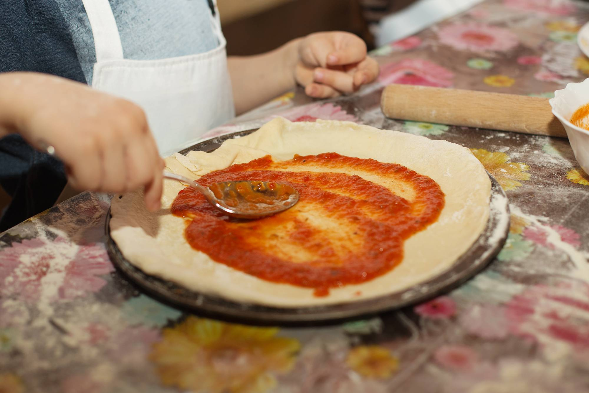 Children cooking class in Puglia