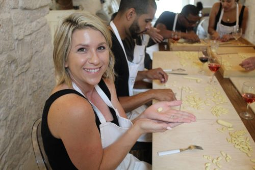 Making classes and cookery courses in private holiday apartments
